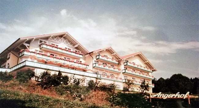 Der Angerhof im Jahr 1990 in Sankt Englmar