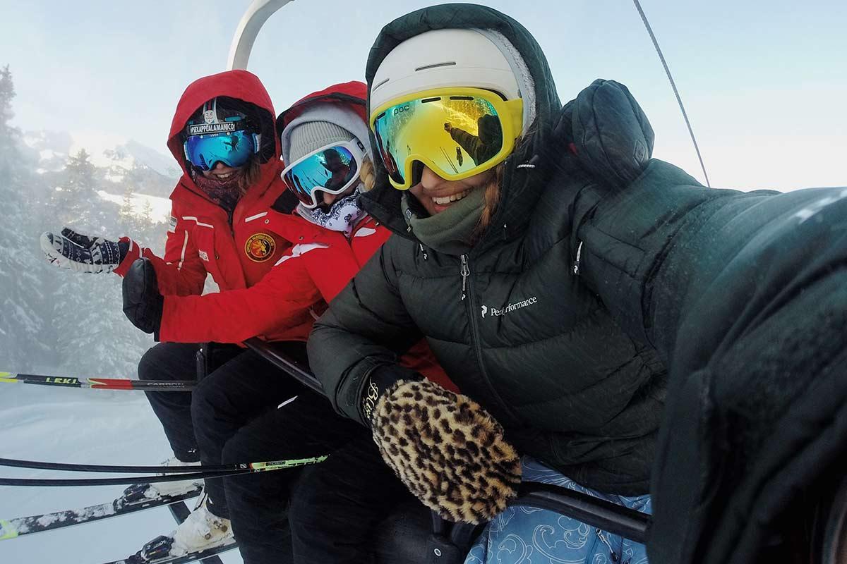Hinauf auf den Berg zum Skifahren in Sankt Englmar